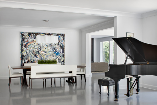 Mid-Century Style「Modern Dining room with Grand Piano, Chicago IL」:スマホ壁紙(13)