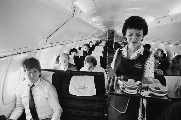 Airplane「Abroad a Concorde」:写真・画像(1)[壁紙.com]