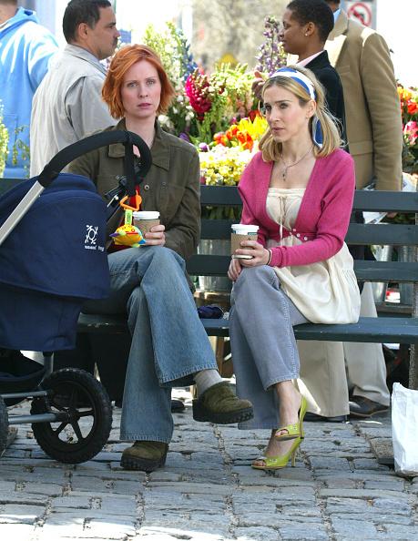 "Sarah Jessica Parker「Sarah Jessica Parker And Cynthia Nixon On The Set Of ""Sex In The City""」:写真・画像(14)[壁紙.com]"