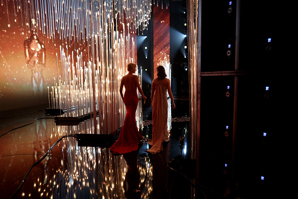 Red Carpet Event「88th Annual Academy Awards - Backstage And Audience」:写真・画像(2)[壁紙.com]