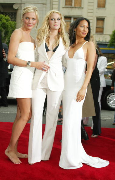 Charlie's Angels「Drew Barrymore, Lucy Liu and Cameron Diaz」:写真・画像(3)[壁紙.com]