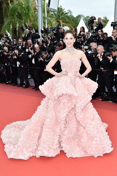 カンヌ映画祭「'Cafe Society' & Opening Gala - Red Carpet Arrivals - The 69th Annual Cannes Film Festival」:写真・画像(10)[壁紙.com]