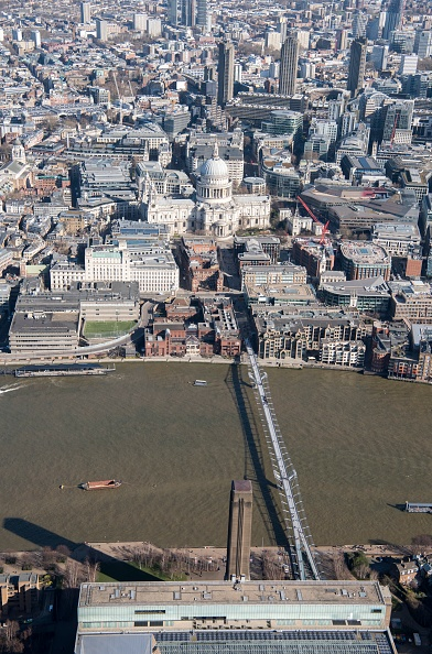 Footbridge「Millennium Bridge And St Pauls Cathedral,」:写真・画像(9)[壁紙.com]