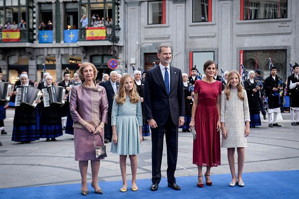 Queen Sofia of Spain「Arrivals - Princess of Asturias Awards 2019」:写真・画像(15)[壁紙.com]