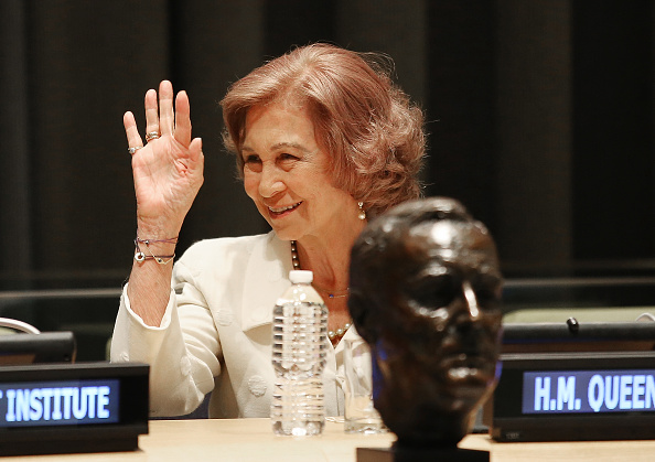 Mario Tama「Queen Sofia Of Spain Honored At UN With Disability Rights Award」:写真・画像(9)[壁紙.com]
