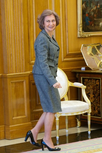 Gray Jacket「Queen Sofia Of Spain Attends Audience at Zarzuela Palace」:写真・画像(18)[壁紙.com]