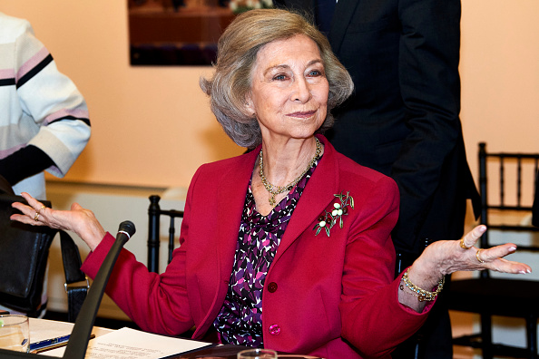 Queen Sofia of Spain「Queen Sofia Attends A Meeting With Board Of 'reina Sofia' School Of Music」:写真・画像(19)[壁紙.com]