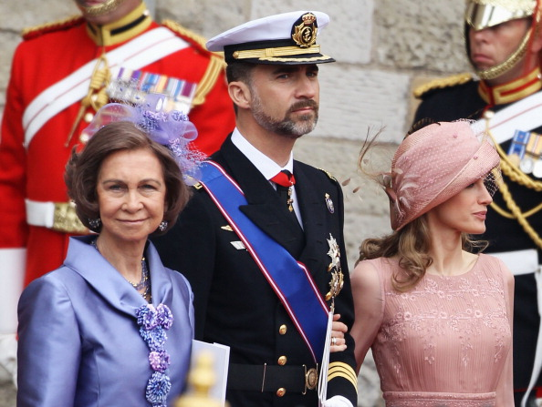 Queen Sofia of Spain「Royal Wedding - Carriage Procession To Buckingham Palace And Departures」:写真・画像(11)[壁紙.com]