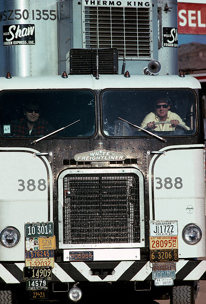 Full Frame「Route 66 Truck」:写真・画像(13)[壁紙.com]