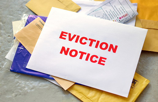 Letter - Document「Eviction notice in the post」:スマホ壁紙(5)