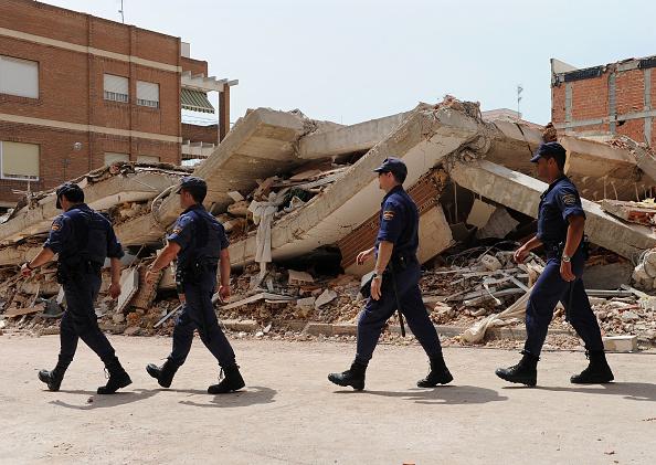 The Natural World「Spanish Prince Felipe and Princess Letizia Visit Quake Aeria in South-eastern Spain」:写真・画像(15)[壁紙.com]