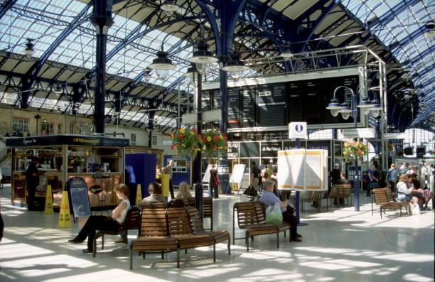Brighton Station.:ニュース(壁紙.com)