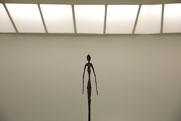 Sculpture「Press Preview Held For New Giacometti Exhibit At The Guggenheim」:写真・画像(3)[壁紙.com]