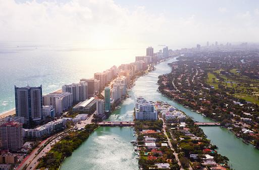 Miami「Miami Coastline Aerial View」:スマホ壁紙(12)