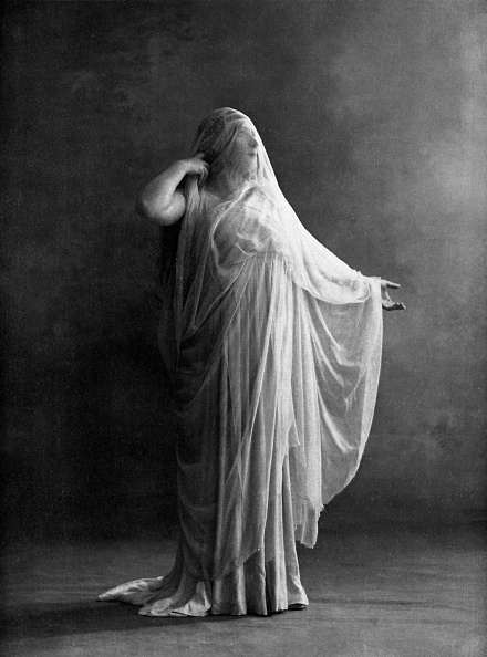 Classical Greek「Segond Weber as Antigone」:写真・画像(10)[壁紙.com]