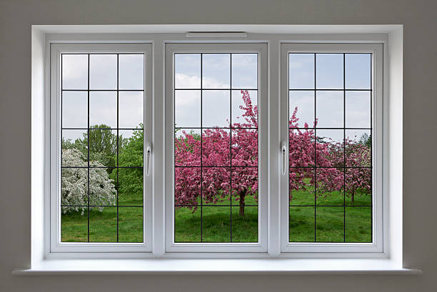apple orchard through leaded glass window:スマホ壁紙(壁紙.com)