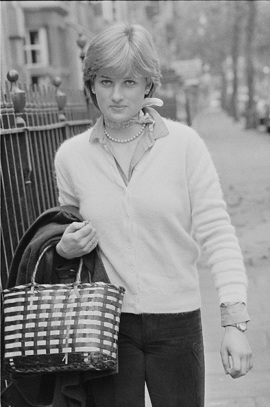 Necklace「Diana Spencer」:写真・画像(18)[壁紙.com]