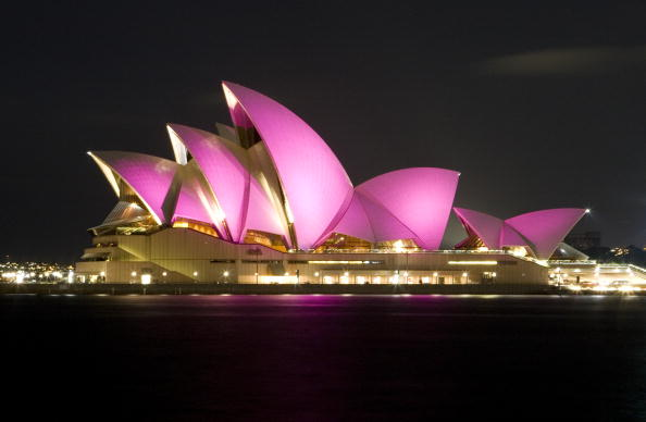 Breast「Sydney Opera House Goes Pink For Breast Cancer Month」:写真・画像(13)[壁紙.com]