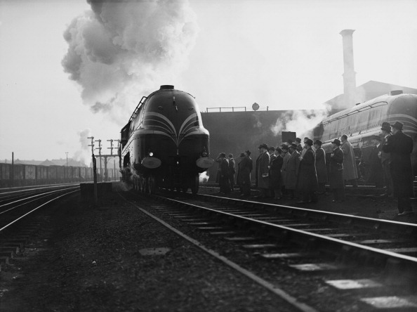Aerodynamic「Coronation Class Locomotive」:写真・画像(3)[壁紙.com]