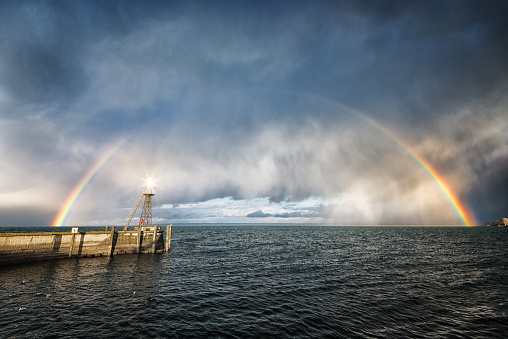 Rain「Lighthouse warning from incoming storm on lake constance」:スマホ壁紙(19)