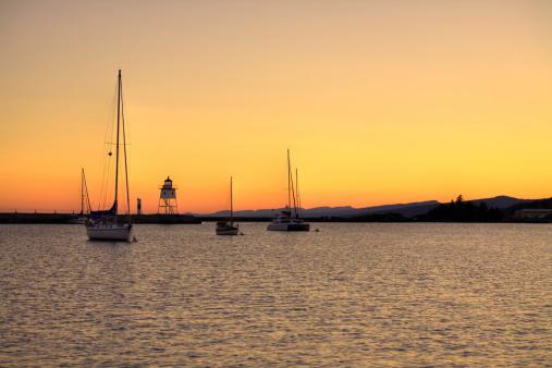 Great Lakes「Lighthouse Sunset」:スマホ壁紙(8)