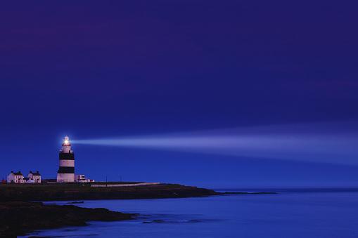 アイリッシュ海「灯台ナイト - フック頭郡ウェックスフォード、アイルランド」:スマホ壁紙(12)