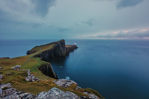 スコットランド文化「Neist ポイント (スカイ島、スコットランド) の灯台」:スマホ壁紙(0)