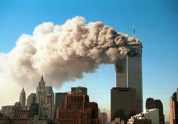 Pouring「World Trade Center Attacked」:写真・画像(11)[壁紙.com]