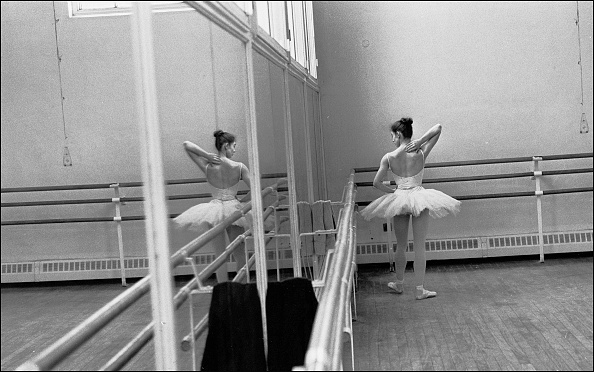 練習「Royal Ballet School Studio」:写真・画像(6)[壁紙.com]