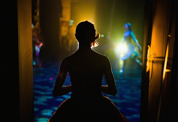 Waiting「Behind The Scenes Of The Northern Ballet's Christmas Production of the Nutcracker」:写真・画像(5)[壁紙.com]