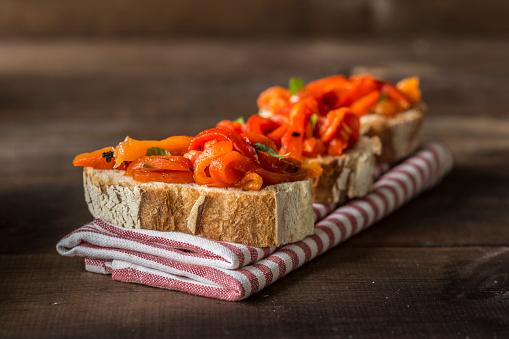 Loaf of Bread「Bell pepper bruschetta」:スマホ壁紙(1)