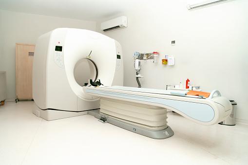 Oncology「Modern CAT scan device in hospital」:スマホ壁紙(16)