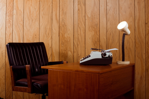 Old-fashioned「1970s office desk and chair」:スマホ壁紙(14)