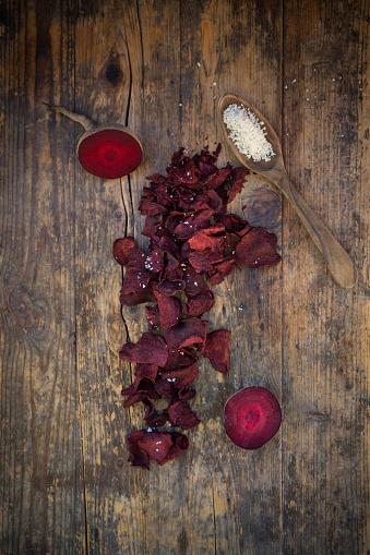 Spice「Vegan beetroot chips with fleur de sel」:スマホ壁紙(3)
