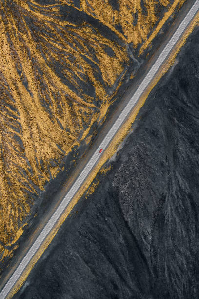 Abstract drone view of road in Iceland:スマホ壁紙(壁紙.com)