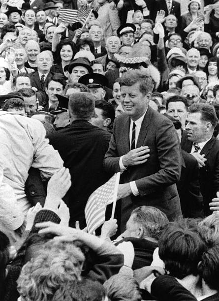 Kennedy In Ireland:ニュース(壁紙.com)