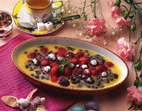 カーネーション「Fruit Gratin with Strawberry, High Angle View」:スマホ壁紙(7)