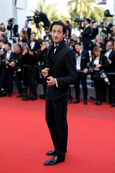 Adrien Brody「'Based On A True Story' Red Carpet Arrivals - The 70th Annual Cannes Film Festival」:写真・画像(5)[壁紙.com]