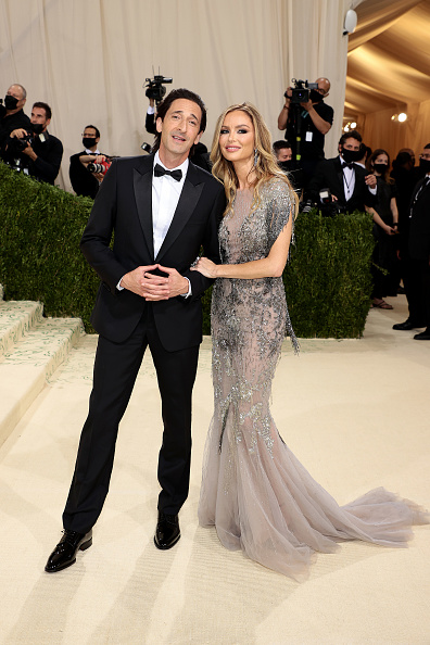 Adrien Brody「The 2021 Met Gala Celebrating In America: A Lexicon Of Fashion - Arrivals」:写真・画像(5)[壁紙.com]