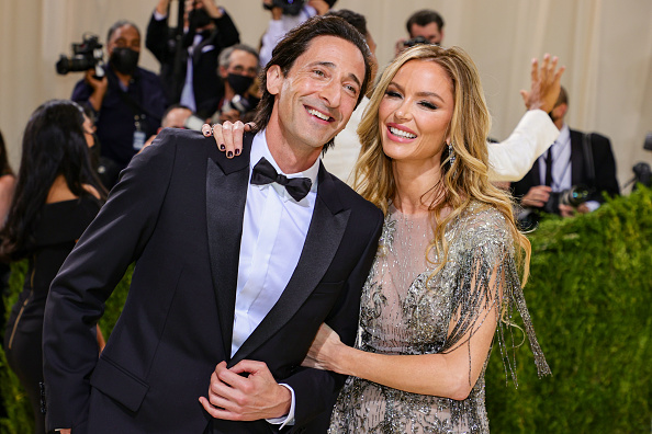Adrien Brody「The 2021 Met Gala Celebrating In America: A Lexicon Of Fashion - Arrivals」:写真・画像(19)[壁紙.com]