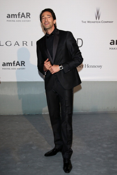 Adrien Brody「amfAR's 21st Cinema Against AIDS Gala, Presented By WORLDVIEW, BOLD FILMS, And BVLGARI - Red Carpet Arrivals」:写真・画像(10)[壁紙.com]