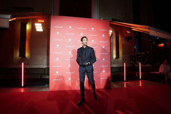 Adrien Brody「Montblanc: (Red)Launch Dinner And Party」:写真・画像(17)[壁紙.com]