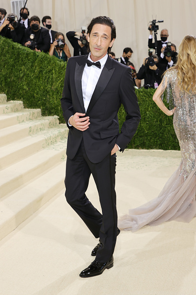 Adrien Brody「The 2021 Met Gala Celebrating In America: A Lexicon Of Fashion - Arrivals」:写真・画像(8)[壁紙.com]