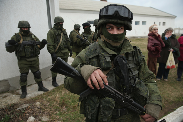 Russian Military「Concerns Grow In Ukraine Over Pro Russian Demonstrations In The Crimea Region」:写真・画像(4)[壁紙.com]