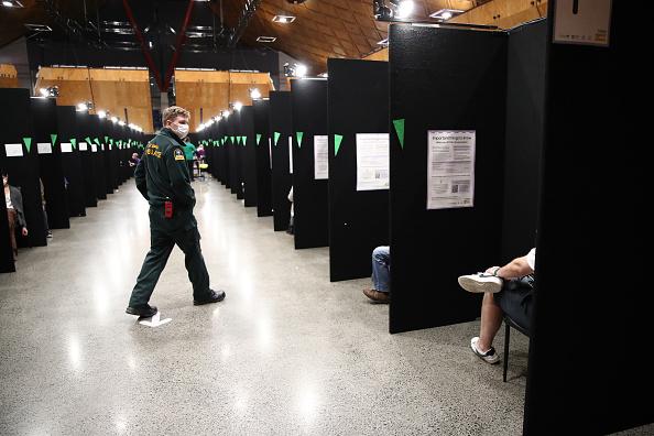 Bestof「New Zealand Wraps Up Mass Vaccination Weekend In Auckland」:写真・画像(1)[壁紙.com]
