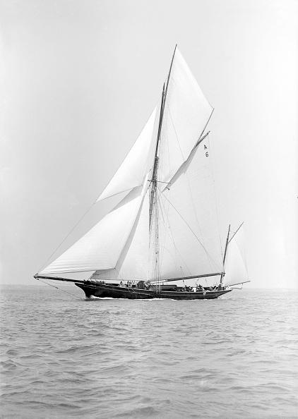 Cutting「The Yawl Wendur Sailing Close-Hauled」:写真・画像(17)[壁紙.com]