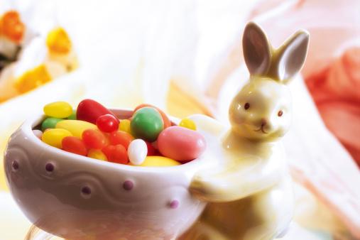 Easter Bunny「Sugar eggs in Easter bowl」:スマホ壁紙(12)