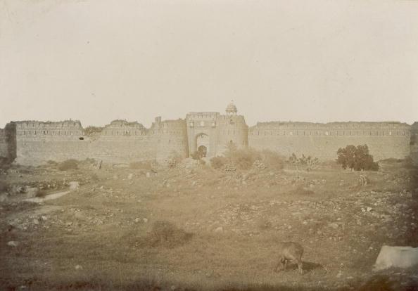Spencer Arnold Collection「Castle Walls」:写真・画像(18)[壁紙.com]