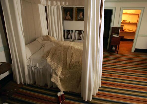 Bedroom「Mount Vernon Prepares For Christmas」:写真・画像(5)[壁紙.com]