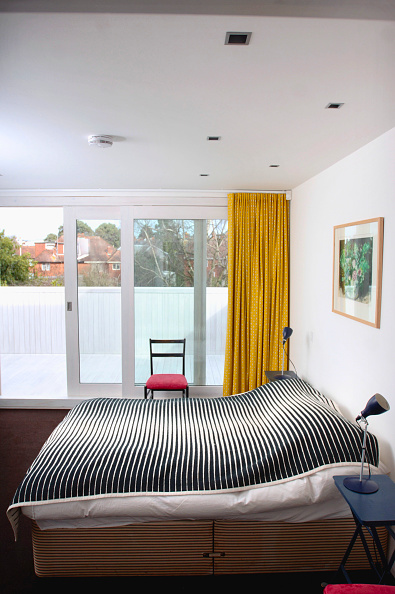 Home Showcase Interior「The master bedroom in a contemporary geometric home, UK」:写真・画像(15)[壁紙.com]